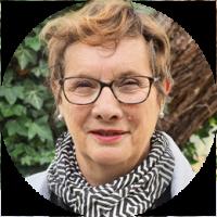 KOSMOS space | Gisela Konstantinidis | KOSMOS Critical Friend